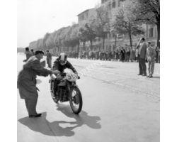 corsa motociclismo