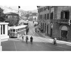 Foto storiche Firenze autobus sul Ponte al Pino