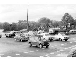 1971 L35 traffico al ponte Da Verrazzano auto Fiat 500 Mercedes