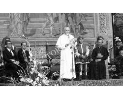 Foto storiche Firenze  Papa Wojtyla Giovanni Paolo II alla Loggia dell\' Orcagna