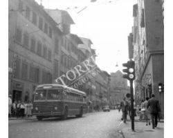 Foto storiche Firenze   autobus via panzani ataf