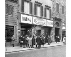 Foto storiche Firenze  cinema excelsior via panzani cerretani