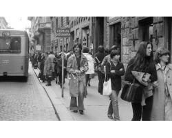 Foto storiche Firenze   gente in via cerretani