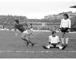 Fiorentina Cesena 76 77 11 Caso