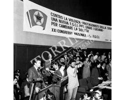 Enrico Berlinguer congresso FGCI fotografo Marconi