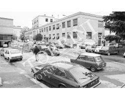 Ospedale di Careggi con auto