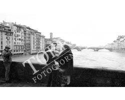 Arno in piena al Ponte santa trinita