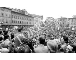 Comizio del 1° Maggio in piazza Santa Croce di Luciano Lama