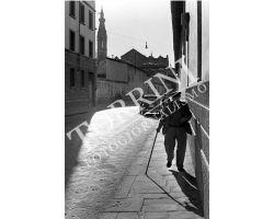 184 Anziano in Via  Malcontenti