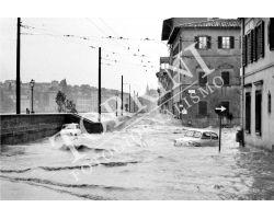 198 Alluvione Firenze Lungarno della Zecca