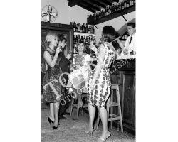 217 Donne alla moda allo Chalet Fontana Bar