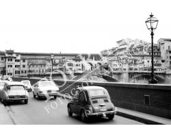 Fiat 500 Lungarno Acciaiuoli Ponte Vecchio