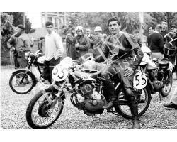 223  Giacomo Agostini su Moto Morini