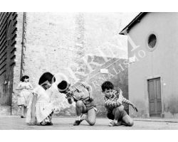 232 Bambini in piazza Cestello in San Frediano