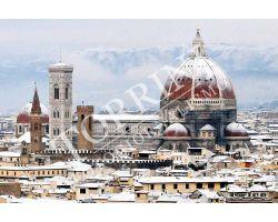 Duomo Campanile di Giotto con neve